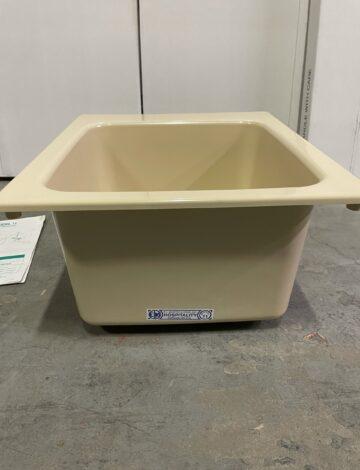 Mustee 20″ x 17″ BONE Drop-in Fibreglass Sink – OPEN BOX