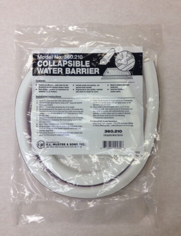 Collapsible Water Barrier 67″