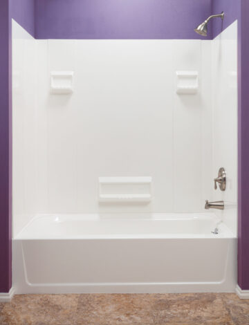 Bathtub Wall System – White Fibreglass
