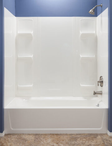 Bathtub Wall System – White Theromoplastic, Fits up to 42″ x 72″ Alcove