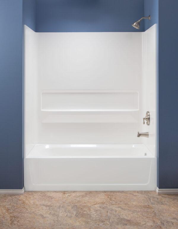 Mustee bathtub molded wall.