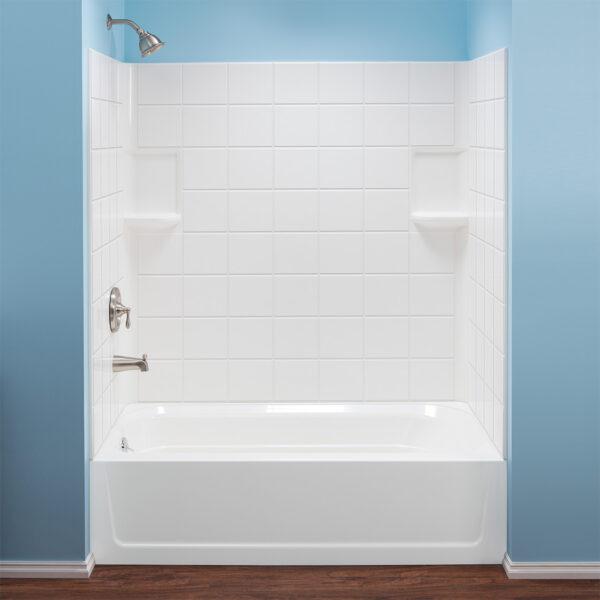 Mustee Molded bathtub wall.