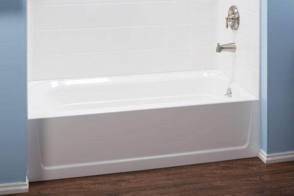 White fibreglass bathtub with RH drain.